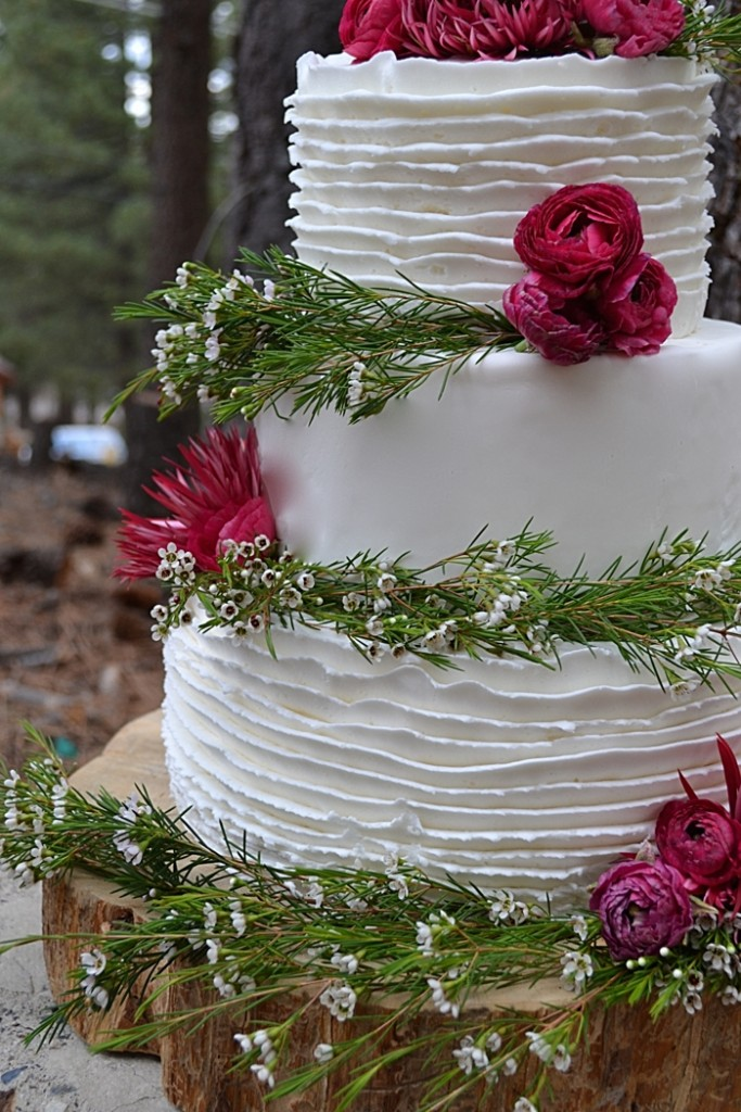 rustic wax flower and roses wedding cake | Mountain Cakery in Mammoth Lakes California